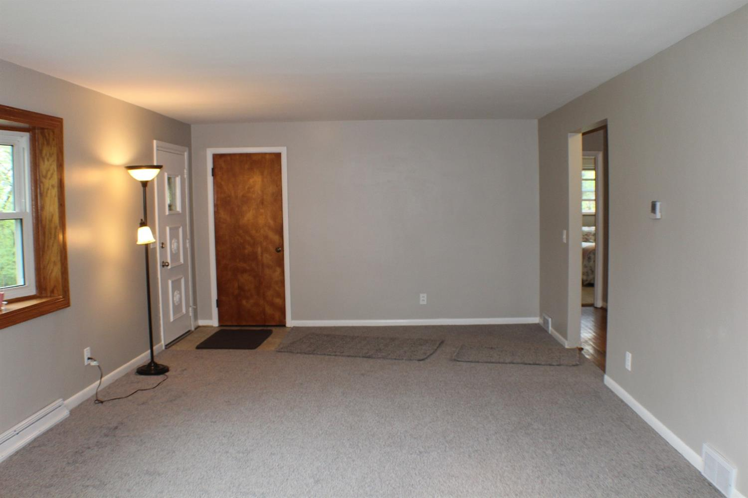 Photo 3 for 463 Beechtree Dr Finneytown, OH 45224