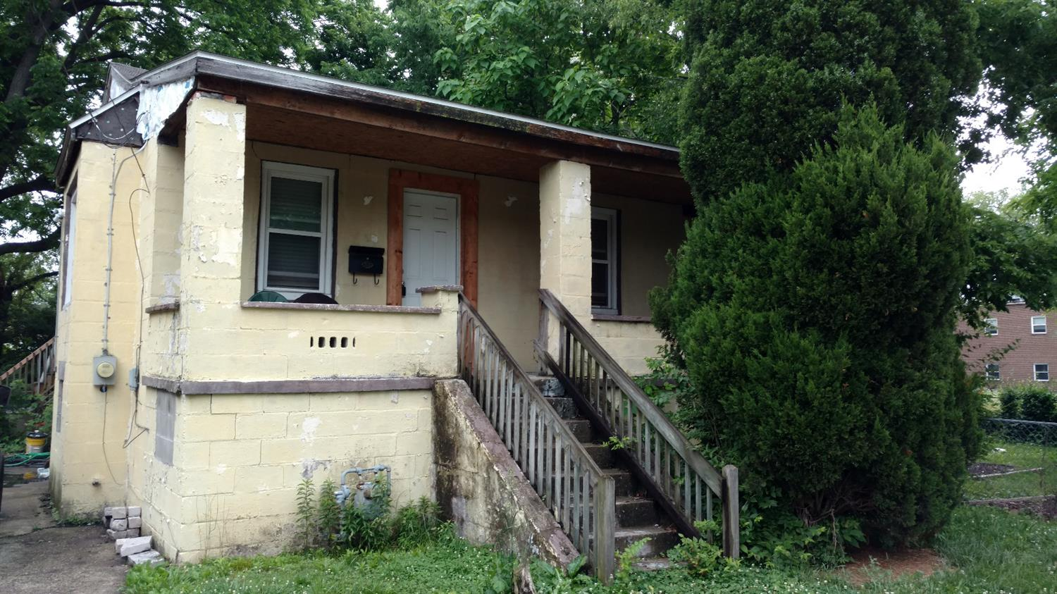 1126 Behles Ave Lincoln Hts., OH