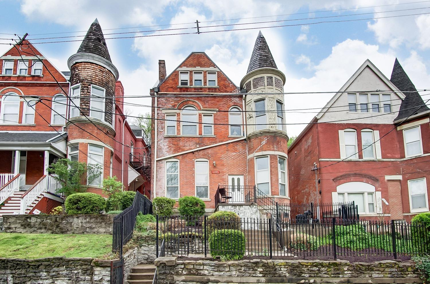 Photo 1 for 2112 Fulton Ave, 3 Walnut Hills, OH 45206