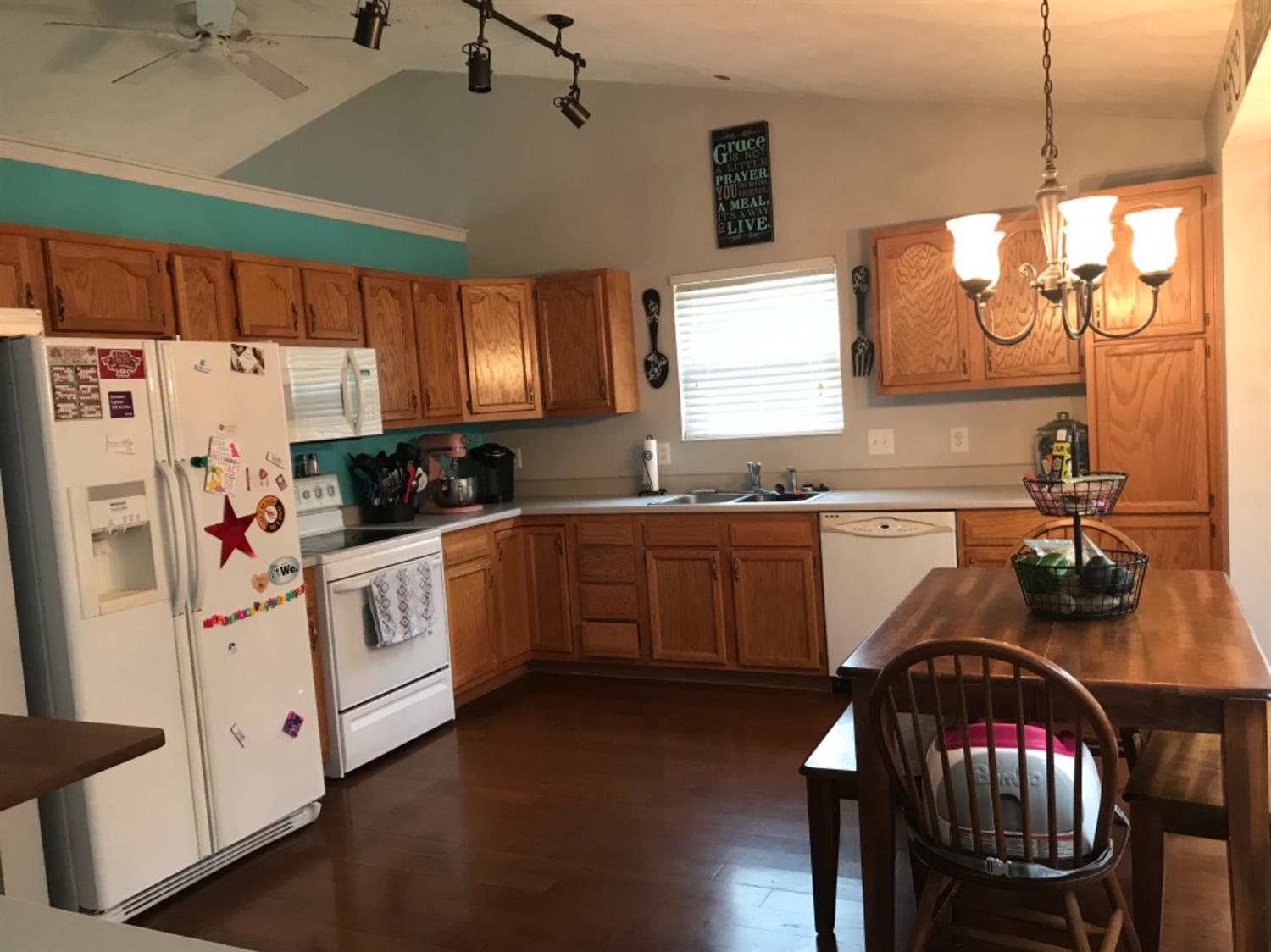 Photo 2 for 41 Clearbrook Dr Franklin, OH 45005