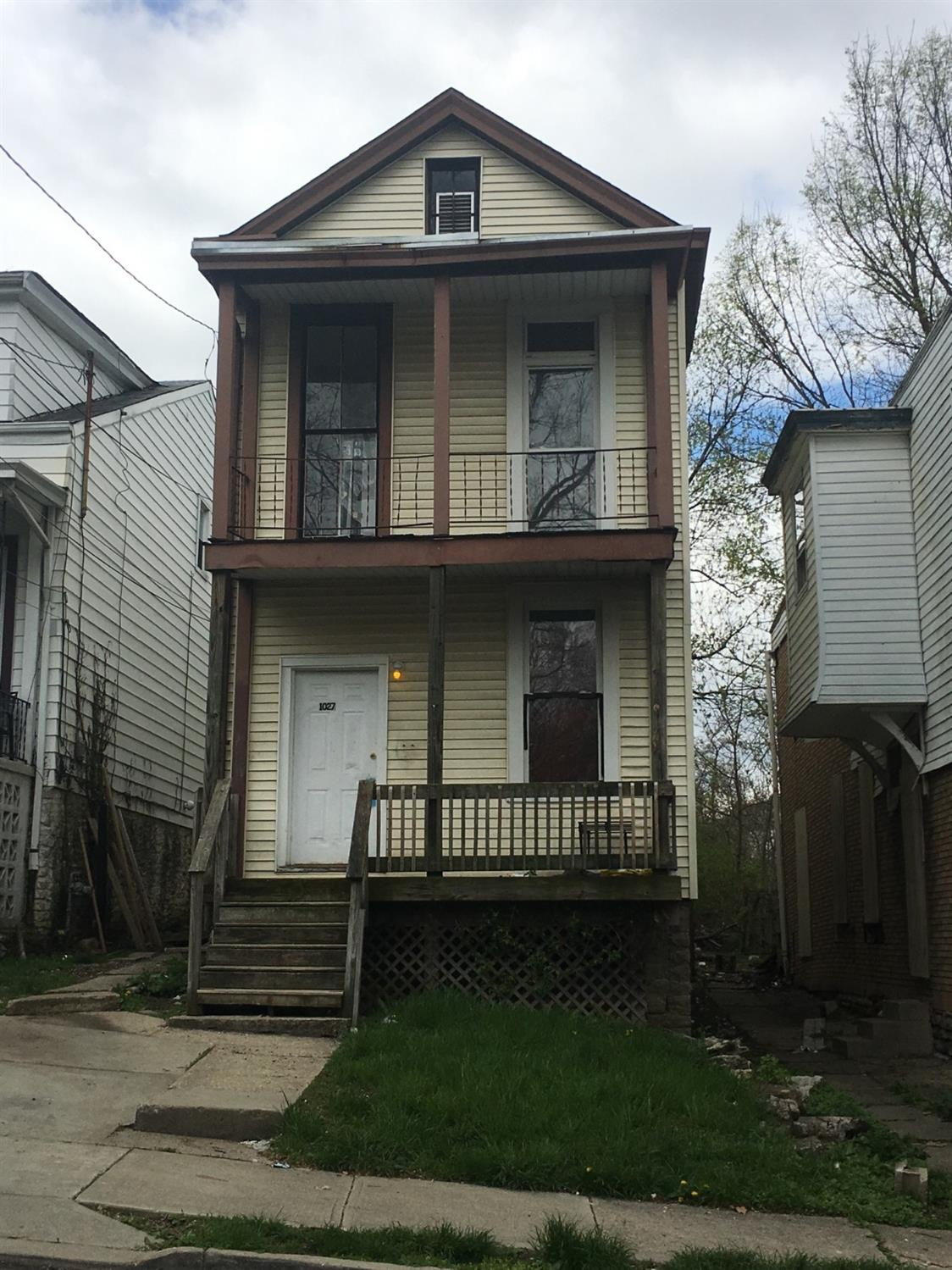 Photo 1 for 1027 Wells St Price Hill, OH 45205