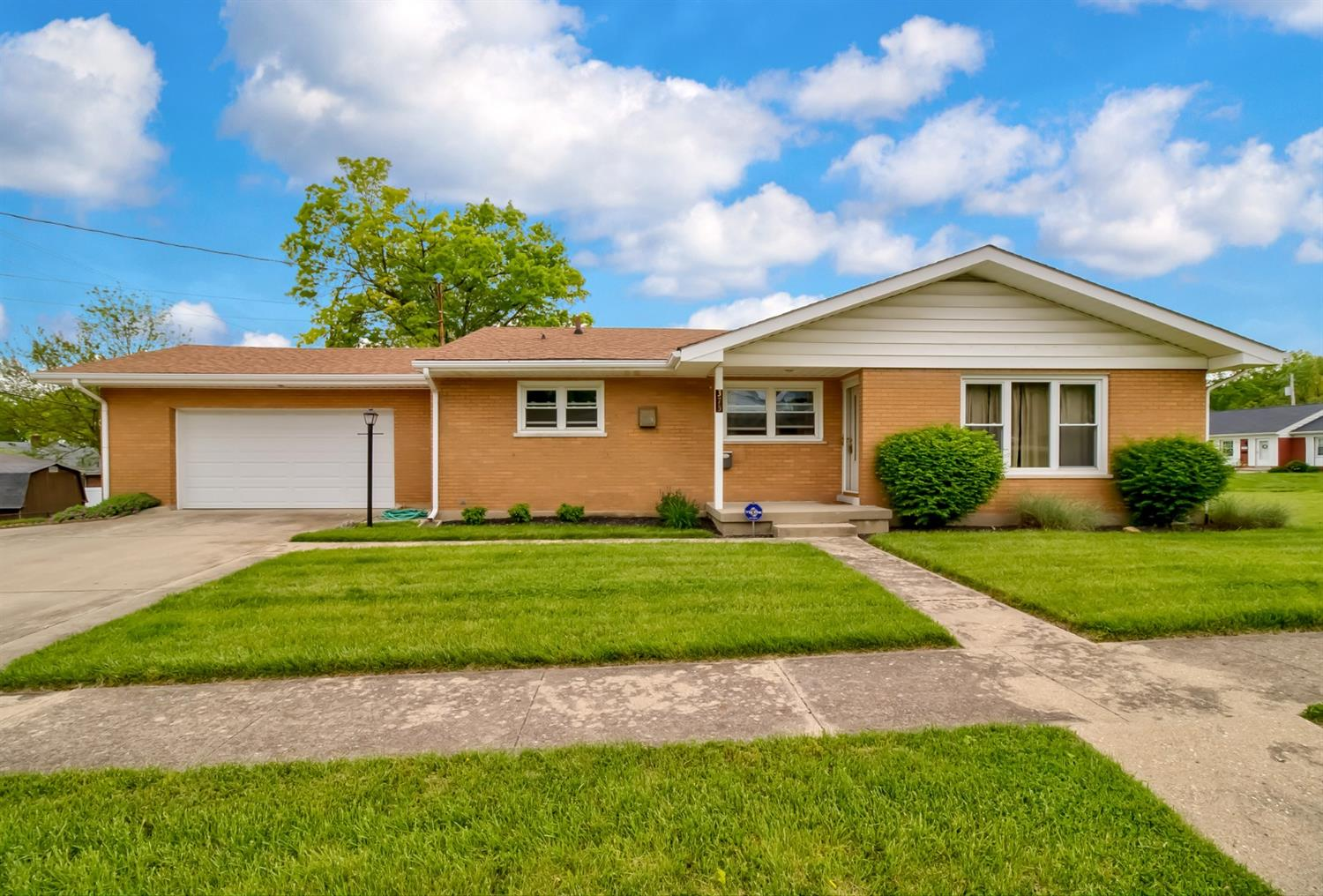 375 Hermay Dr Hamilton West, OH