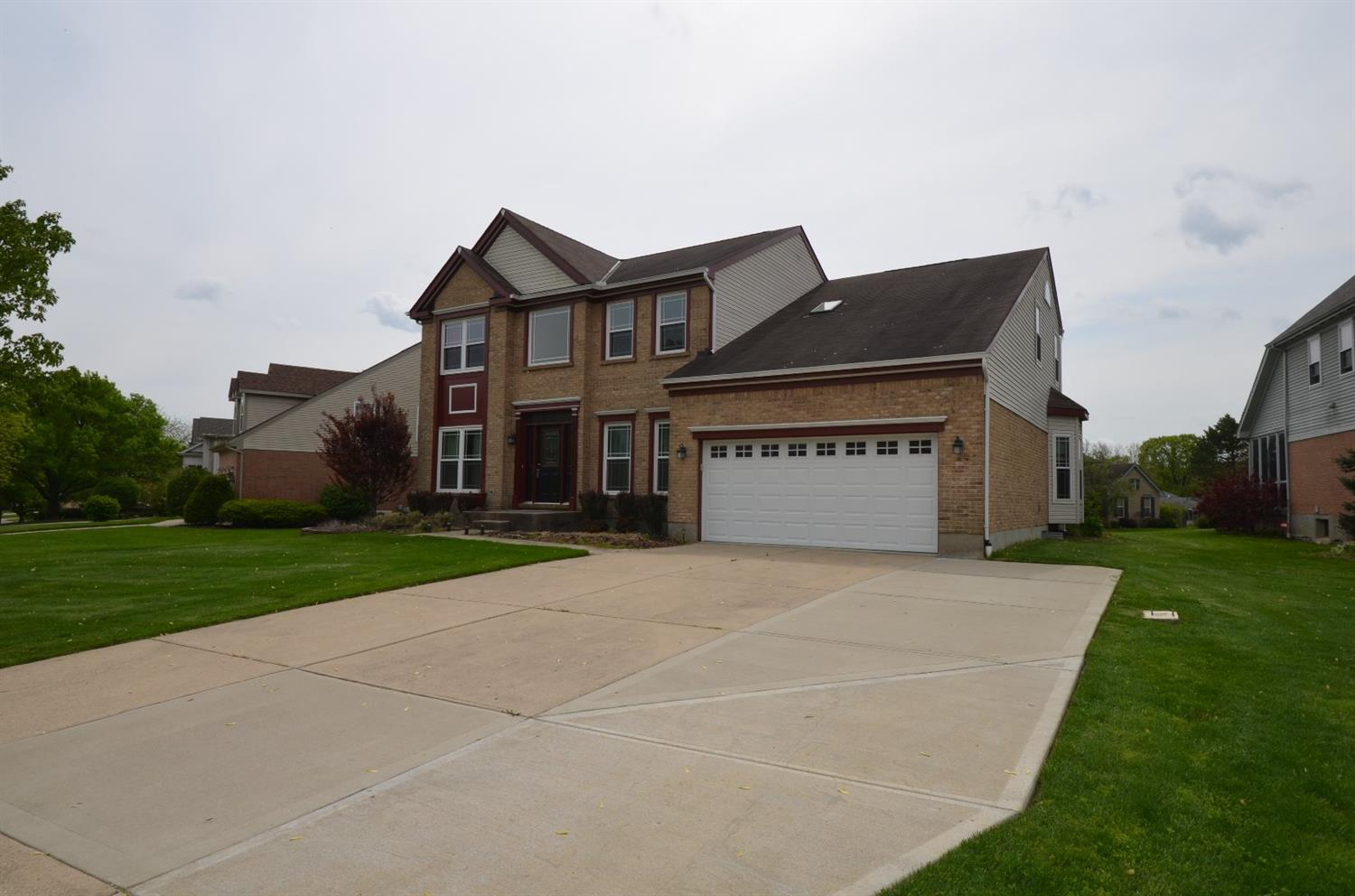 Photo 2 for 12018 Diamondview Dr Sharonville, OH 45241