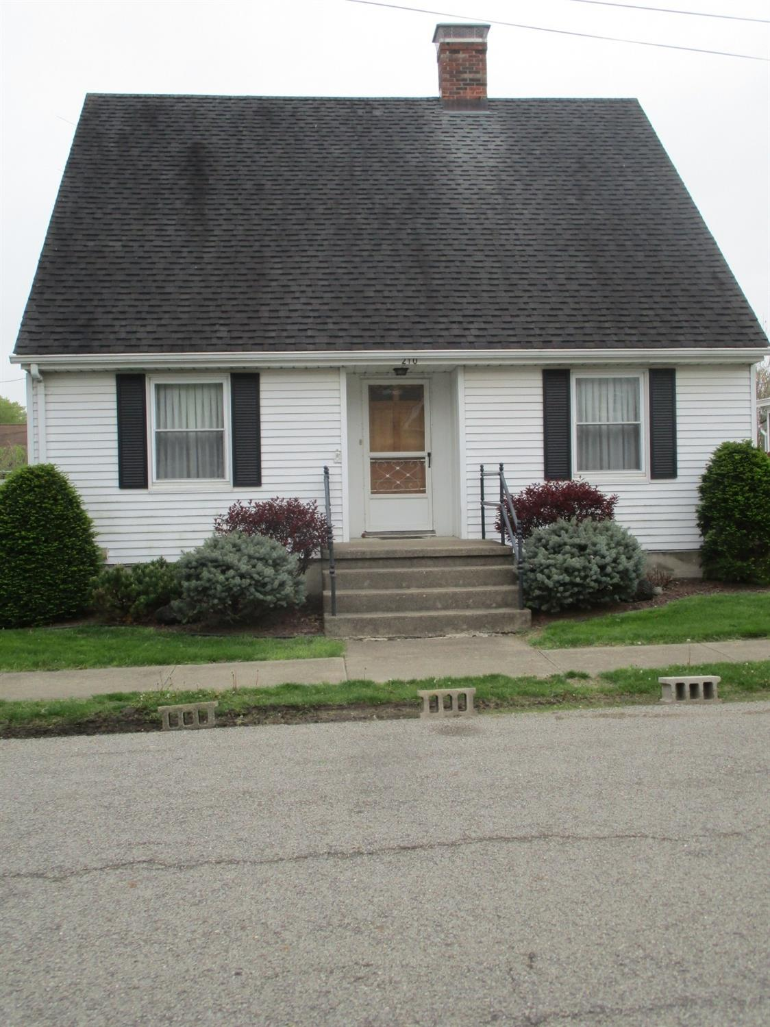 Photo 2 for 210 E Twelfth St Brookville, IN 47012