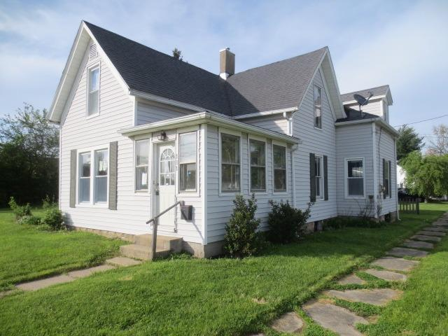111 S Clark St Blanchester, OH