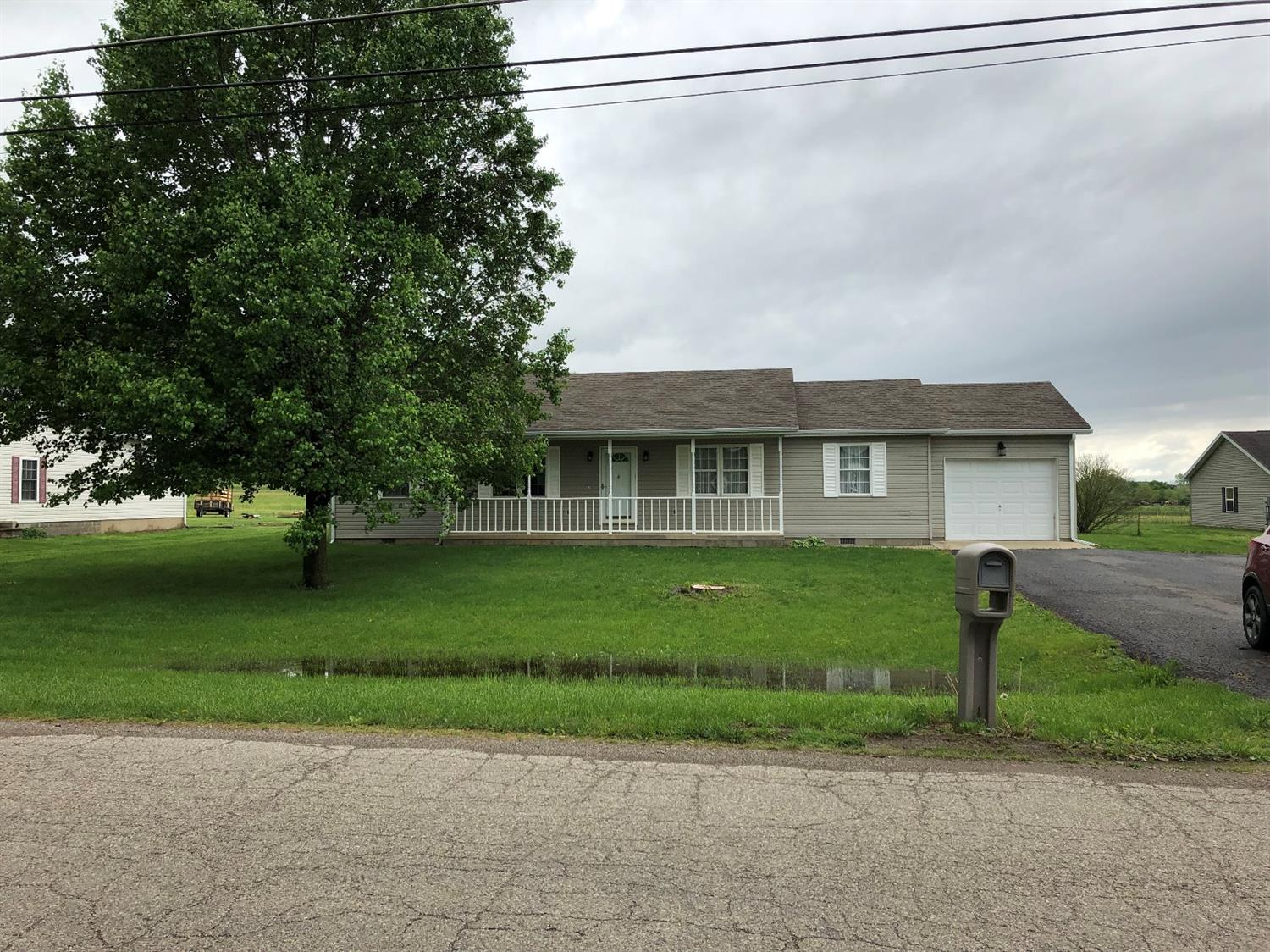Photo 1 for 233 S Quarry St Ross County, OH 45612