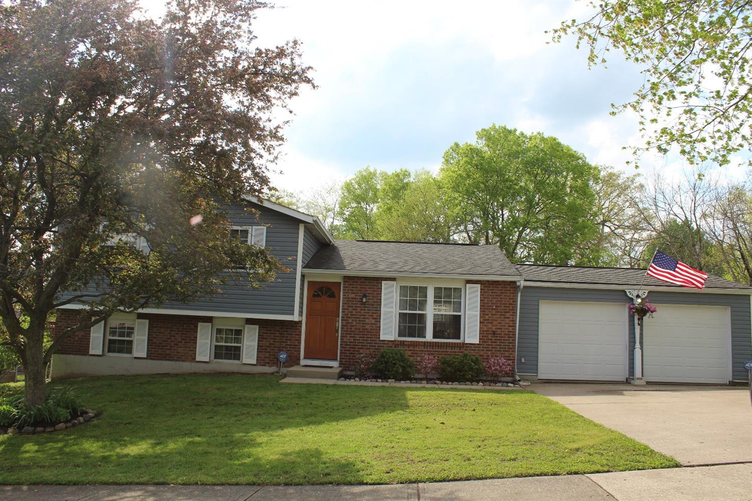208 Westbrook Dr Harrison, OH