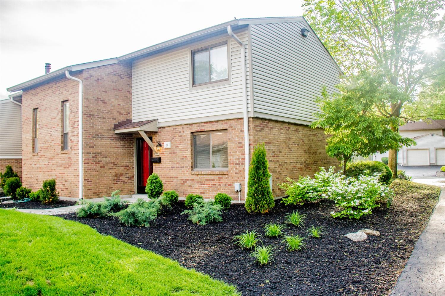 Photo 1 for 27 Boxwood Ct Springdale, OH 45246