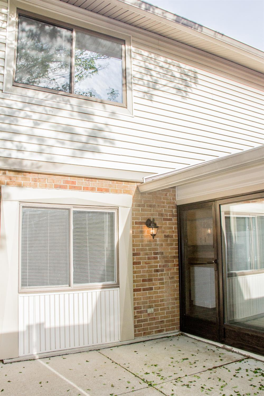 Photo 3 for 27 Boxwood Ct Springdale, OH 45246