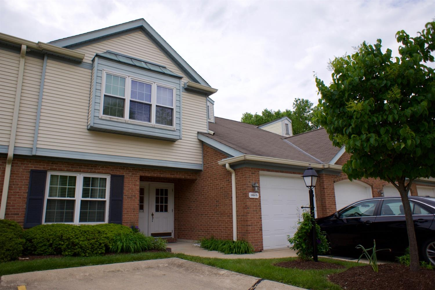 5169 Carriage Hill #227