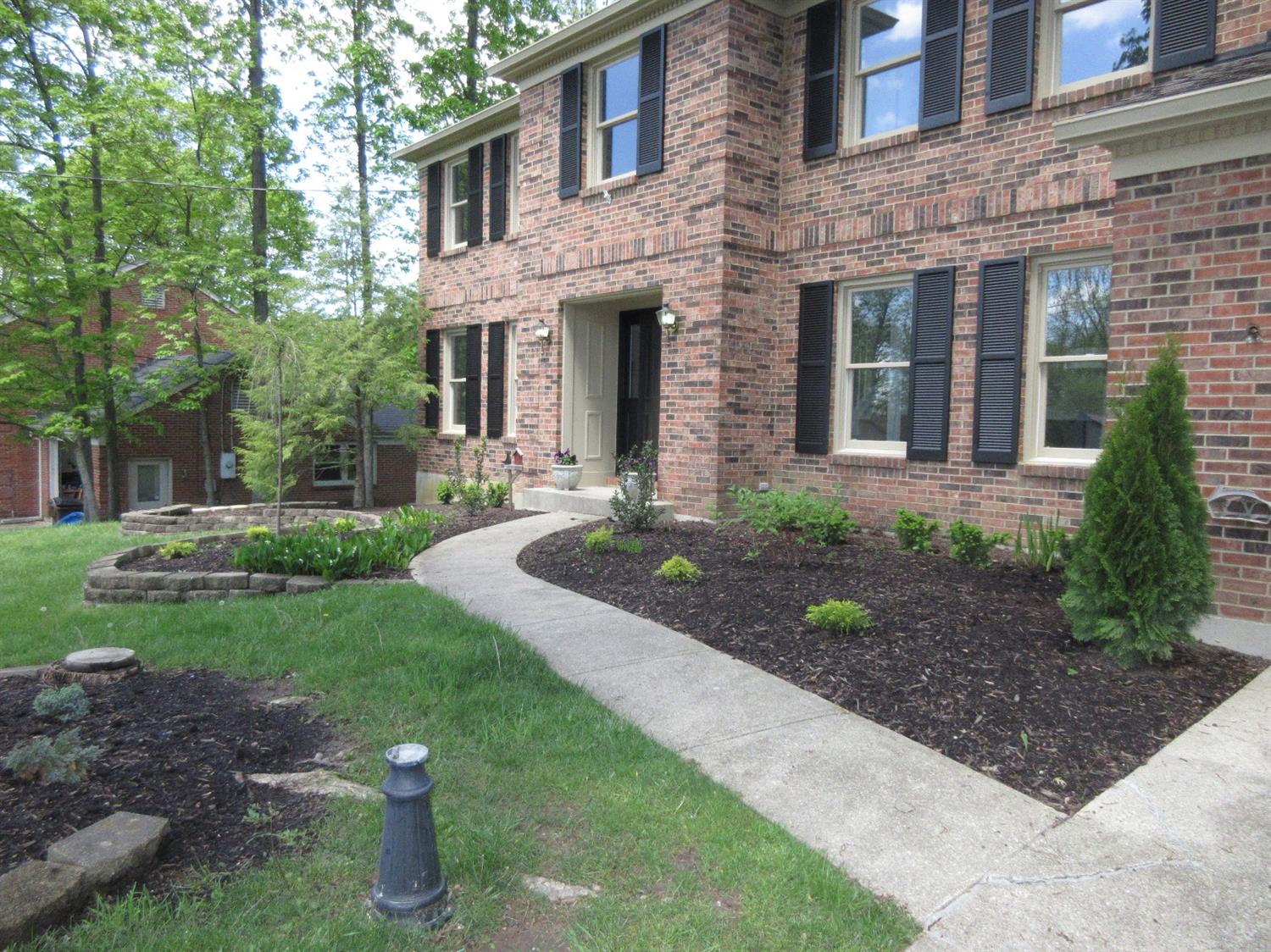 Photo 2 for 7606 Windy Knoll Dr West Chester - East, OH 45241