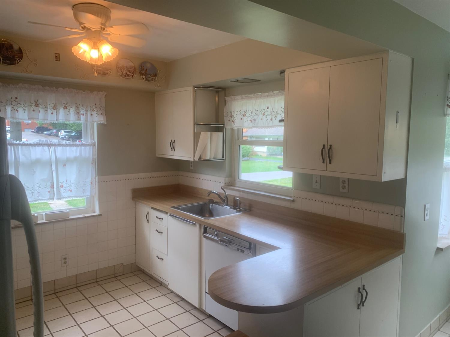 Photo 3 for 2805 Urwiler Ave Westwood, OH 45211