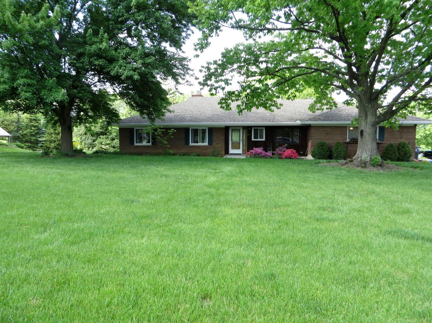 Photo 1 for 476 Beechtree Dr Finneytown, OH 45224
