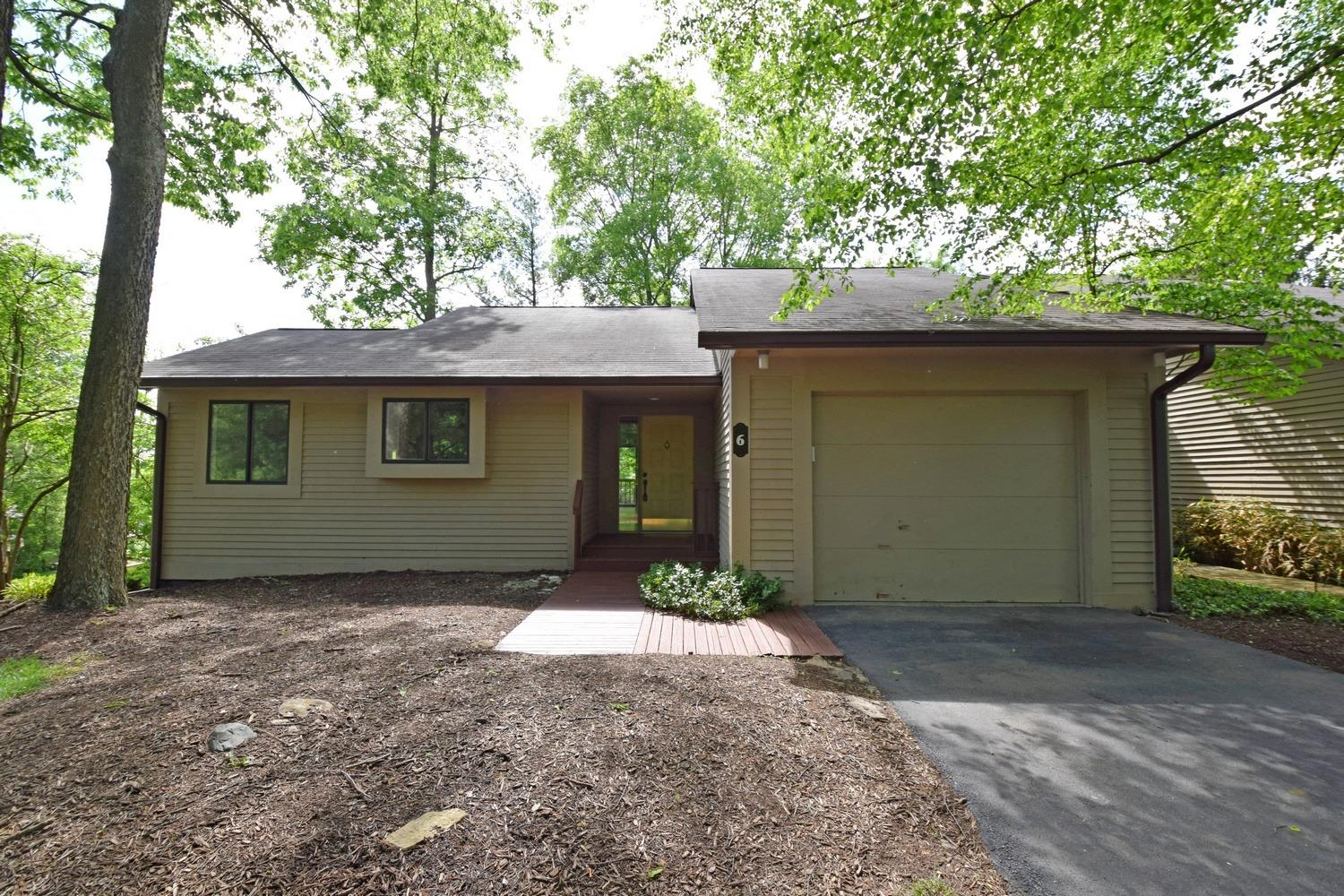 6 Miami Woods Dr Milford, OH