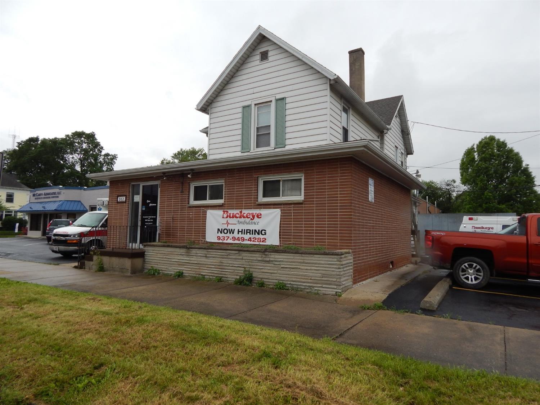 312 E Market St Fayette County , OH