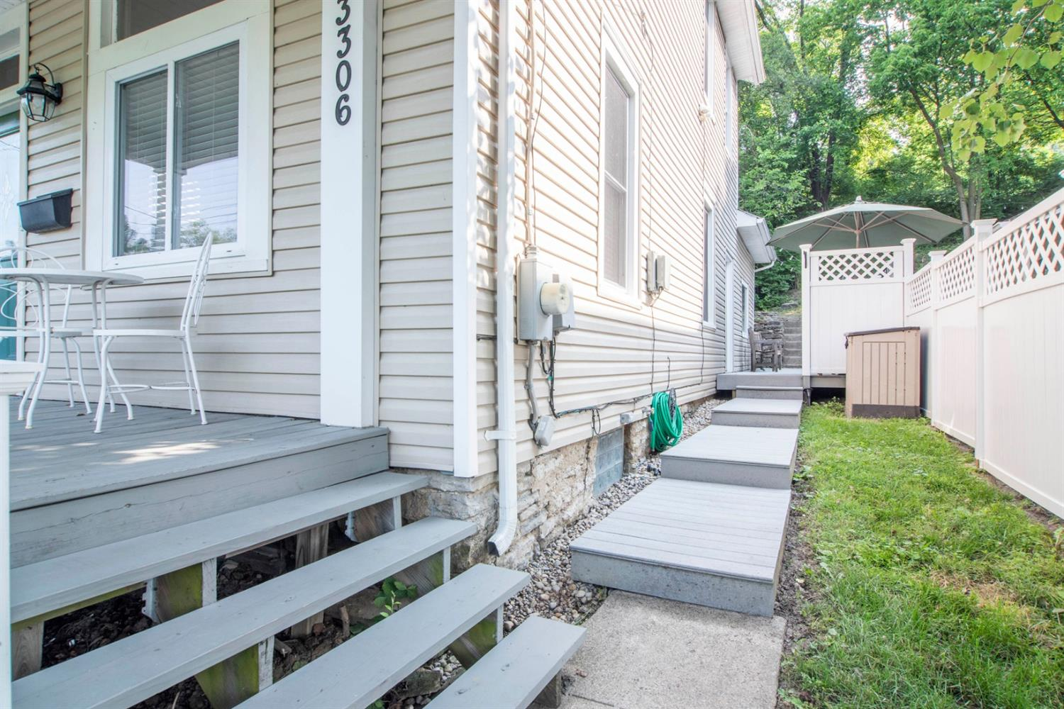 Photo 3 for 3306 Walworth Ave Columbia/Tusculum, OH 45226