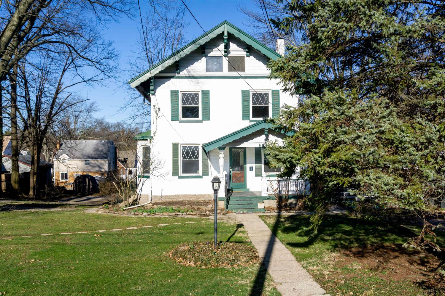 Photo 2 for 3241 Boudinot Ave Westwood, OH 45211