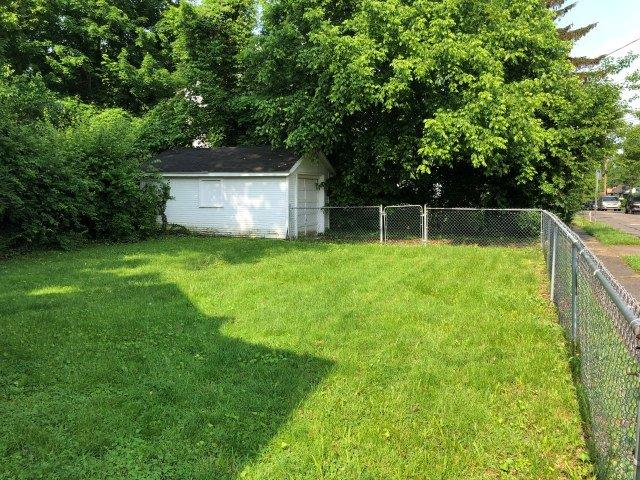 Photo 3 for 6023 Lantana Ave College Hill, OH 45224