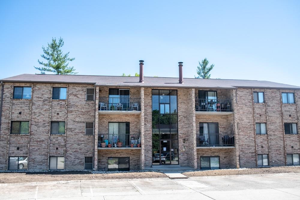 7236 Creekview Dr #2