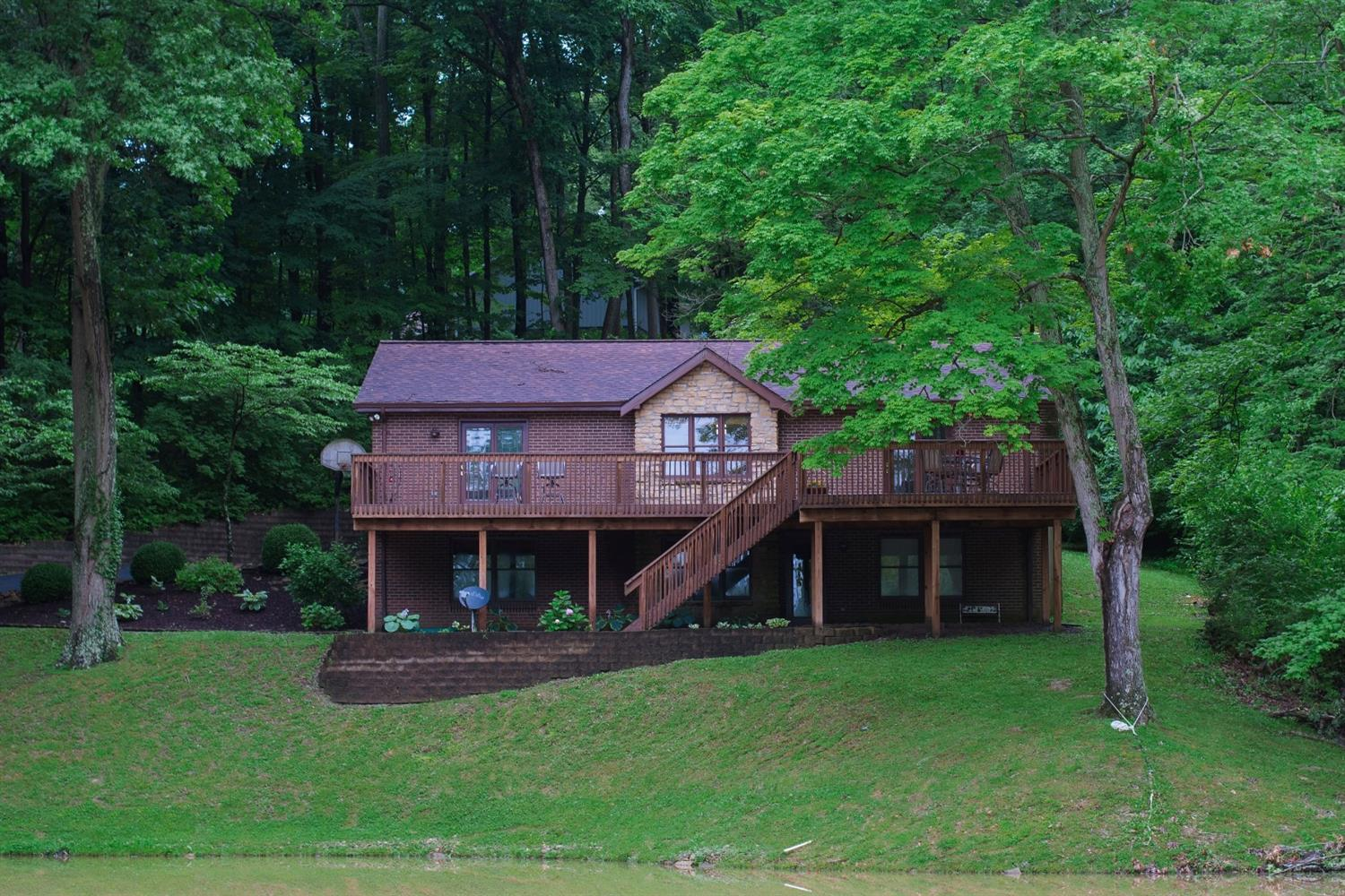 10250 Hickory Valley