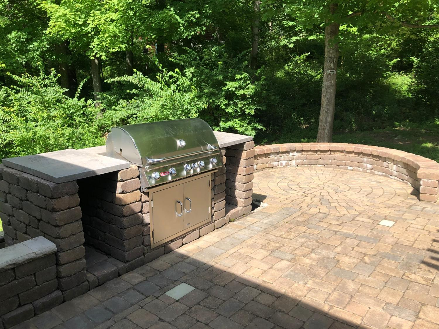Photo 2 for 1353 Sunset Dr Hidden Valley, IN 47025