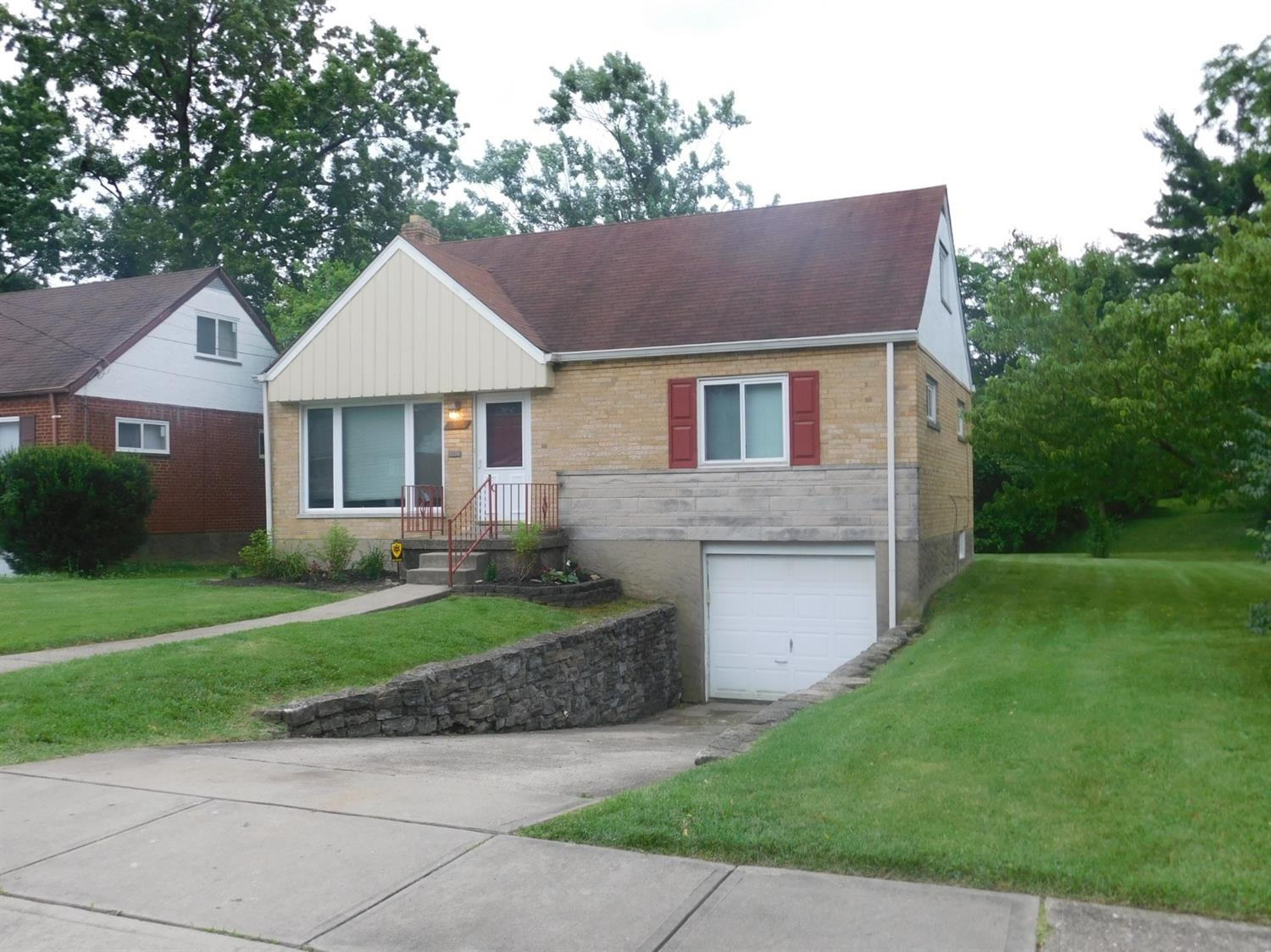 Photo 2 for 1515 Southridge Ln North College Hil, OH 45231