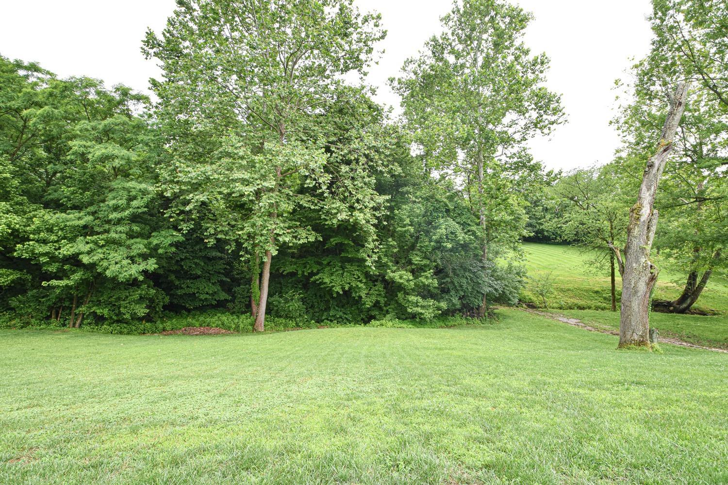 Photo 2 for 1370 Wexford Ln Green Twp. - Hamilton Co., OH 45233