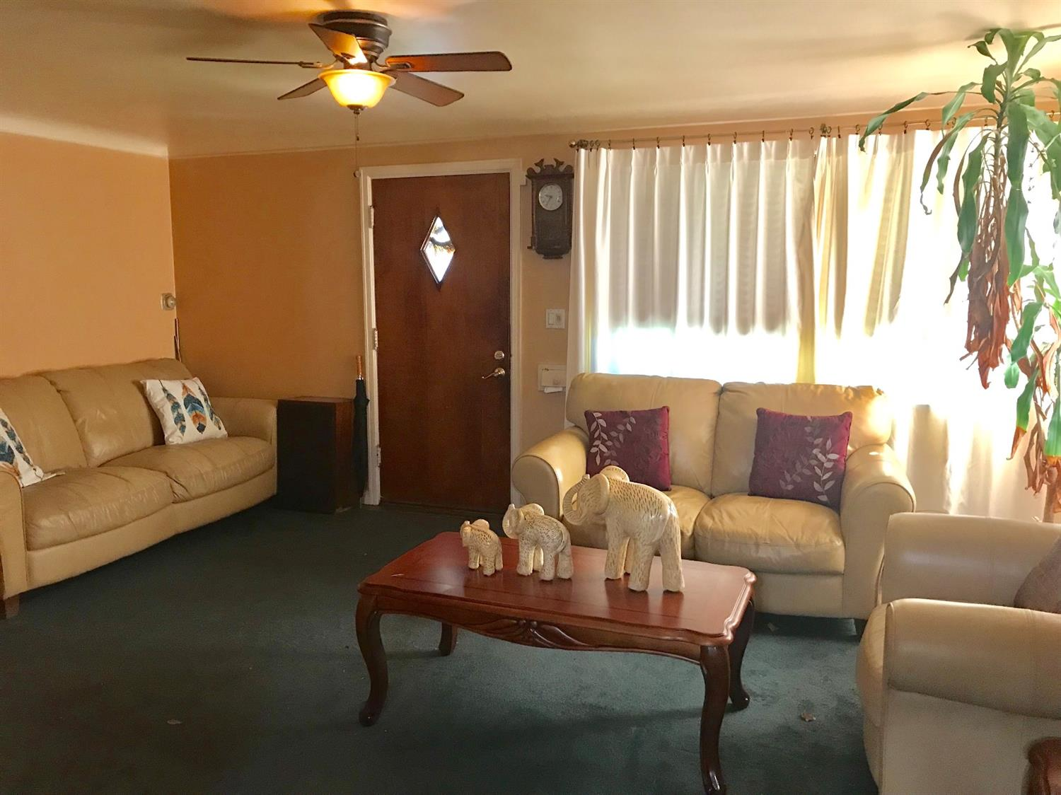 Photo 3 for 1813 Colmar Ln Roselawn, OH 45237