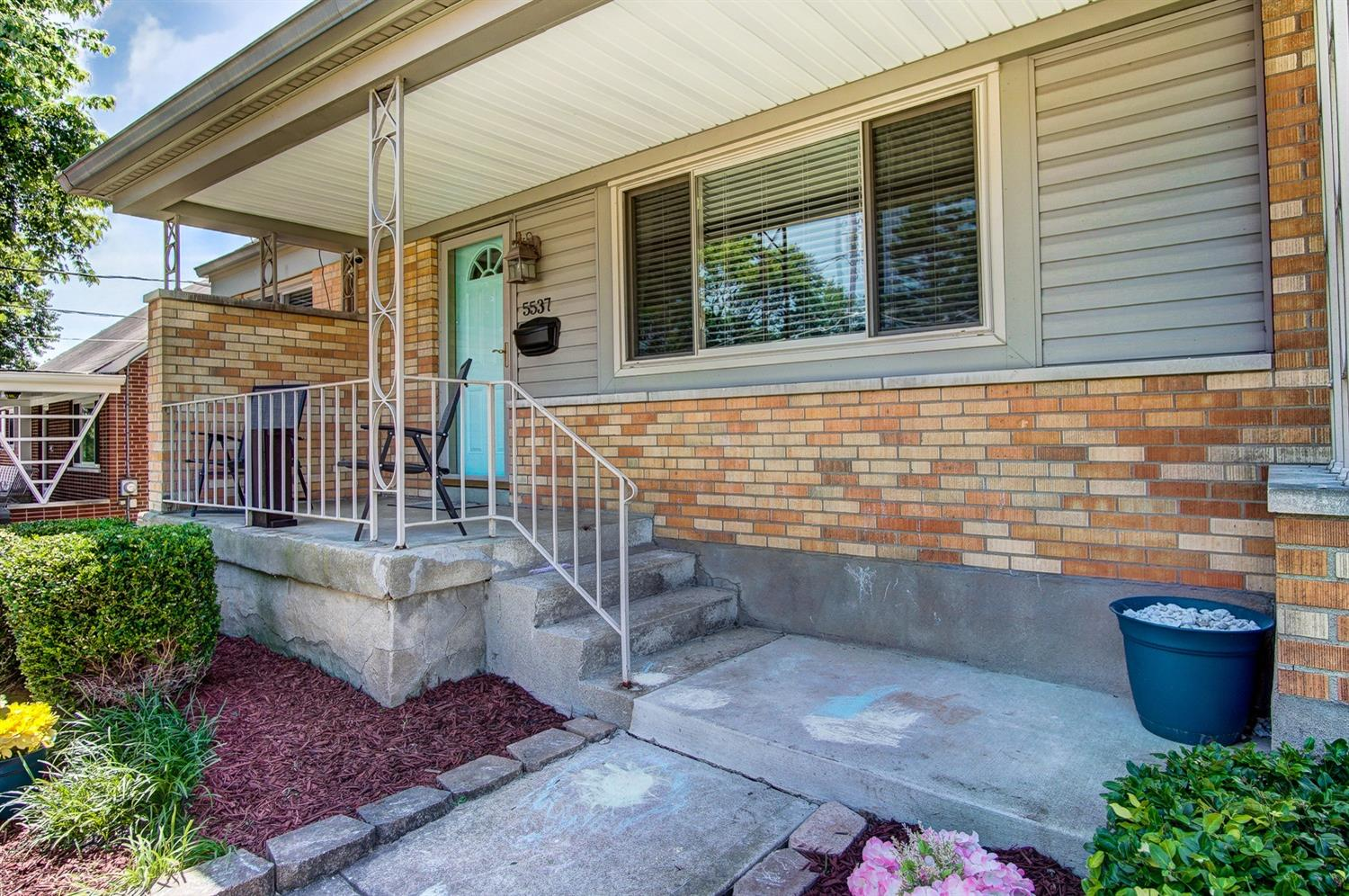 Photo 2 for 5537 Green Acres Ct Bridgetown, OH 45248