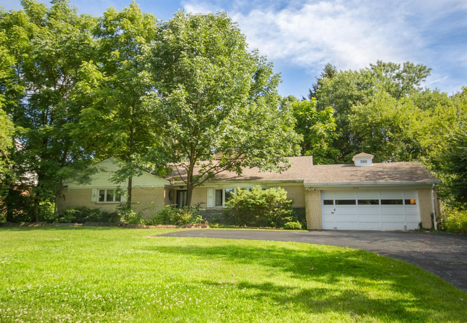 Photo 1 for 1099 W Galbraith Rd Finneytown, OH 45231