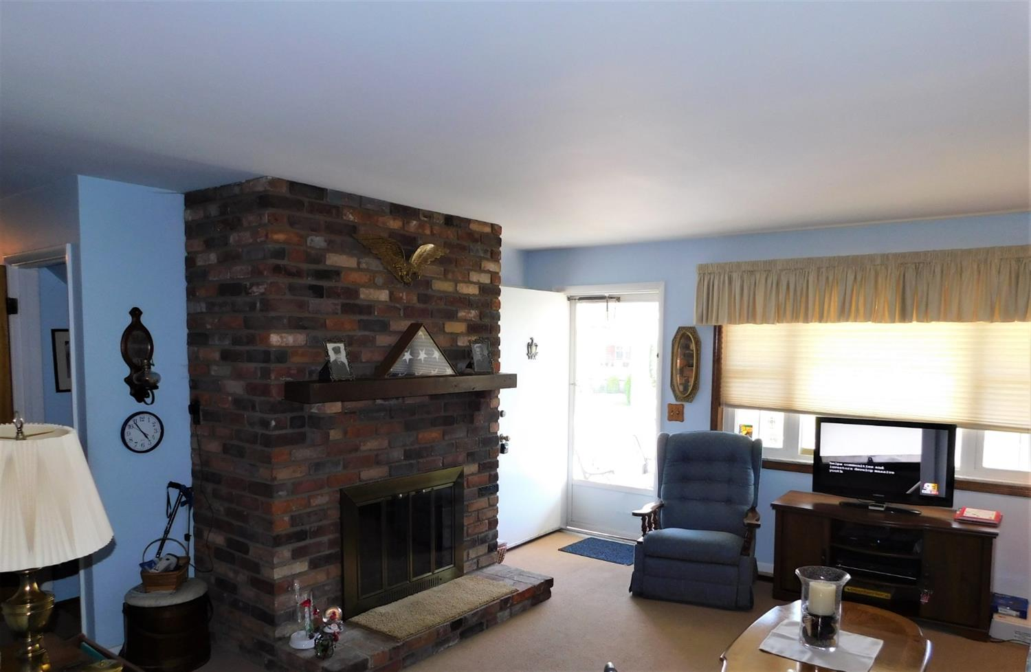 Photo 3 for 3620 Fieldcrest Dr Westwood, OH 45211