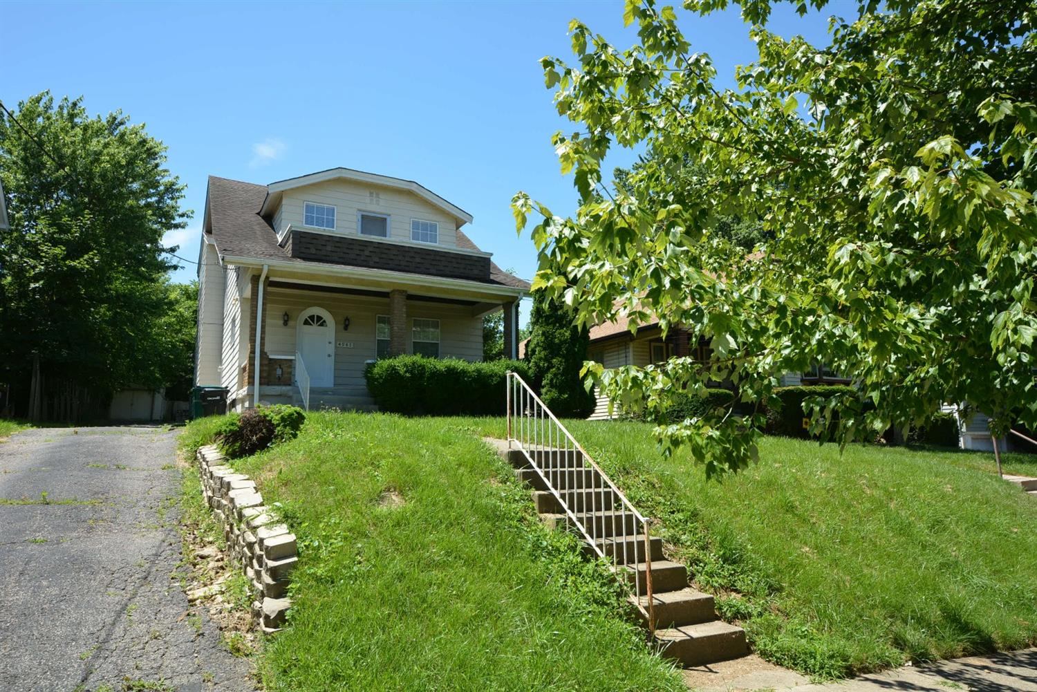 4947 Western Hills Ave Covedale, OH