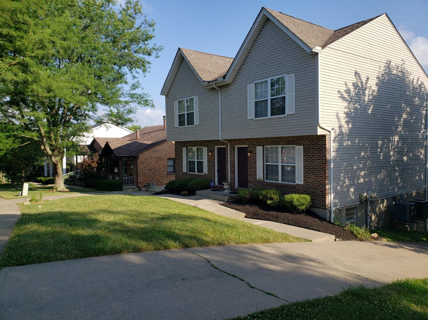 Photo 2 for 1804 1806 Tuxworth Ave Covedale, OH 45238