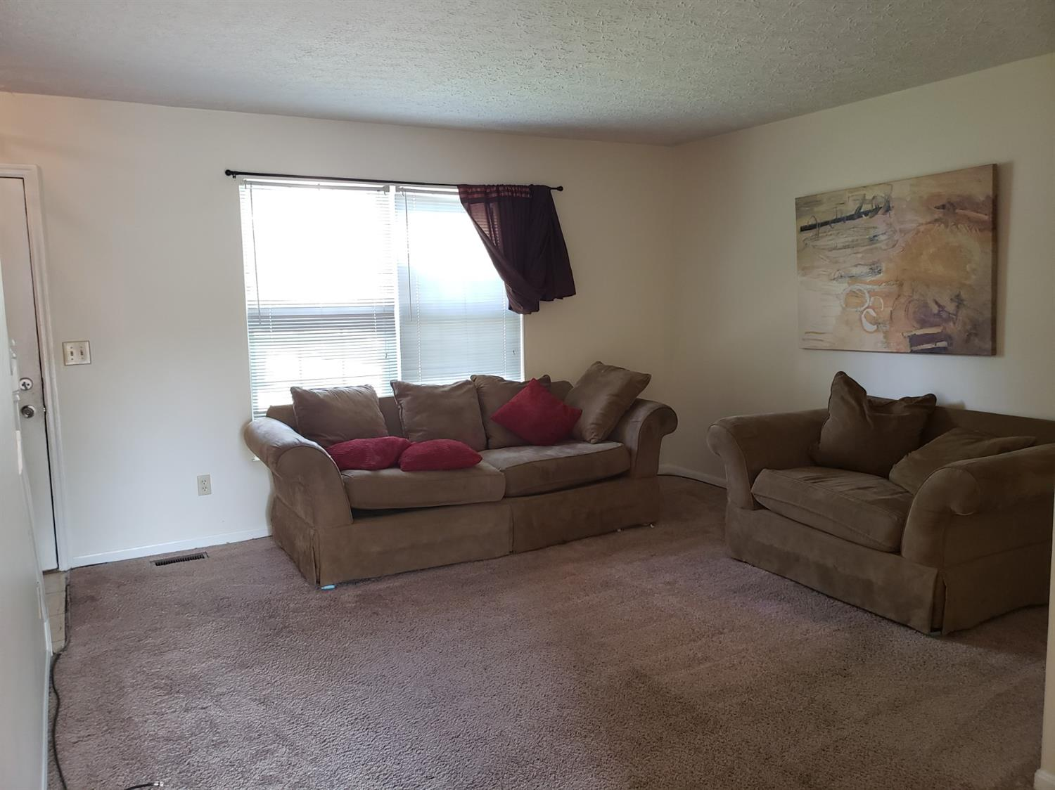 Photo 3 for 1804 1806 Tuxworth Ave Covedale, OH 45238