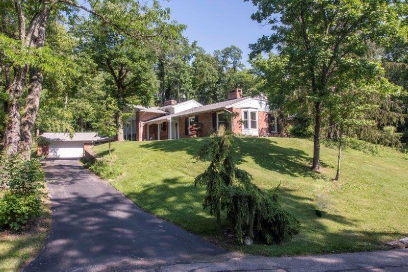 311 Whitthorne Dr Wyoming, OH