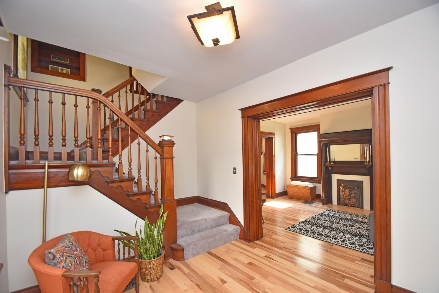 Photo 3 for 2726 Hyde Park Ave Oakley, OH 45209