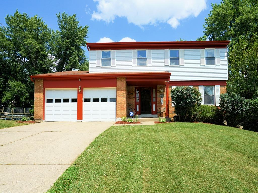 Photo 2 for 9932 Greenriver Dr Colerain Twp.East, OH 45231
