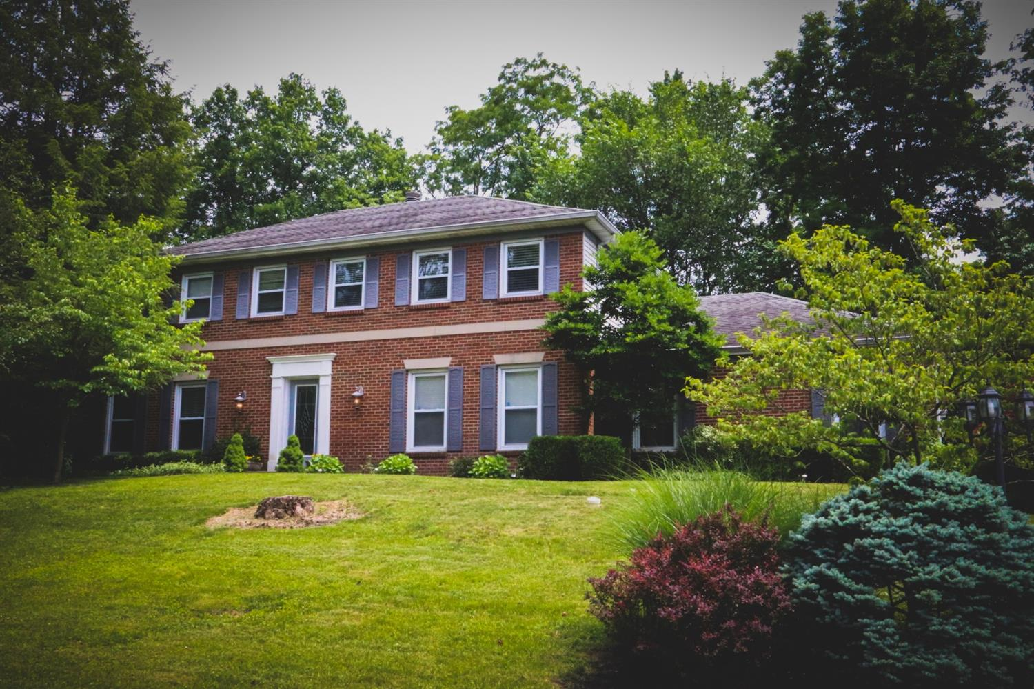 9642 Sycamore Trace Ct Blue Ash, OH