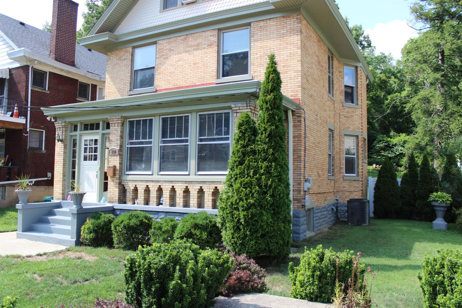 138 Woolper Ave Clifton, OH