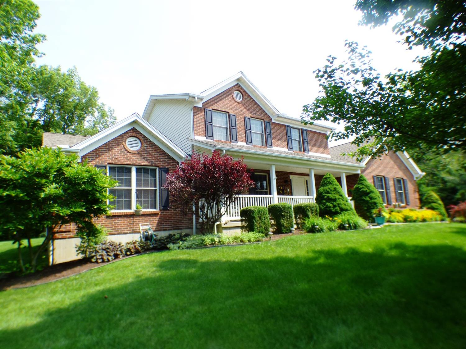 220 Walnut Glen Dr Liberty Twp (Clinton Co), OH