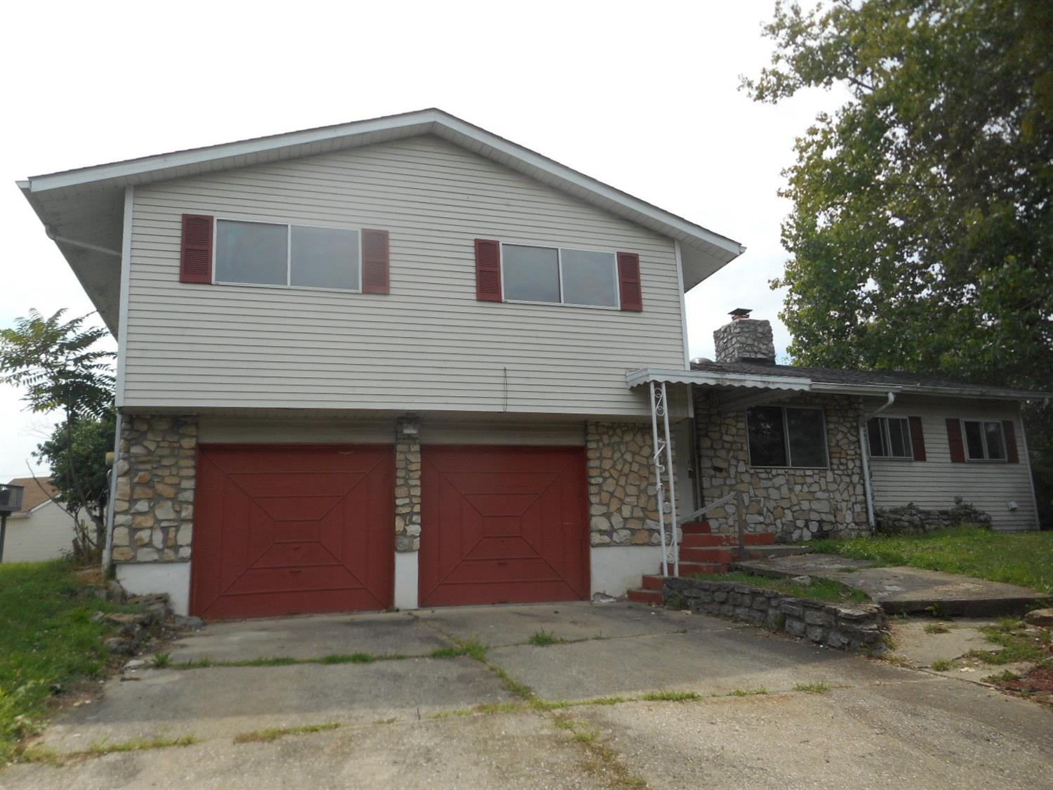 1207 Palmore Ln Lincoln Hts., OH