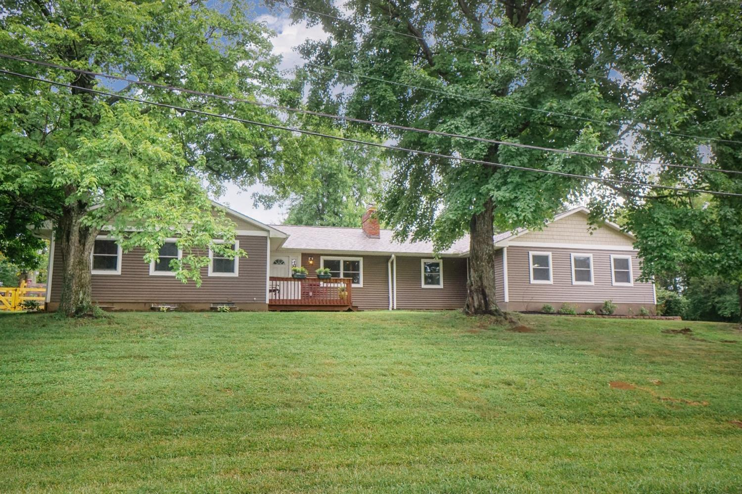 Photo 1 for 22 Oakcrest Dr Milford, OH 45150