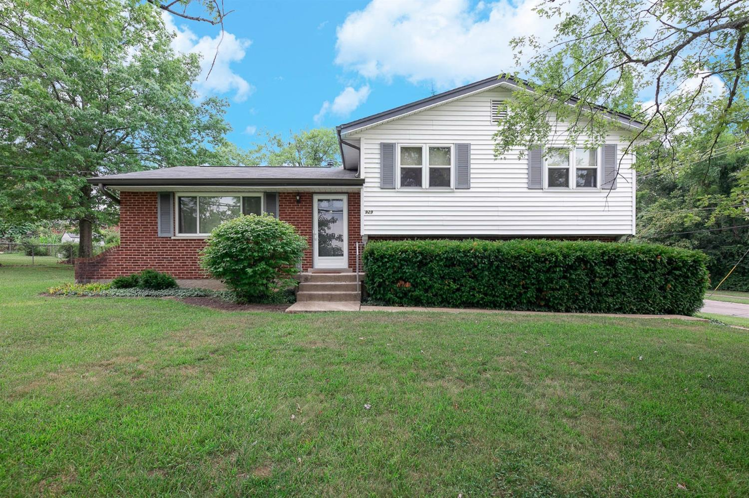 929 Compton Rd Finneytown, OH