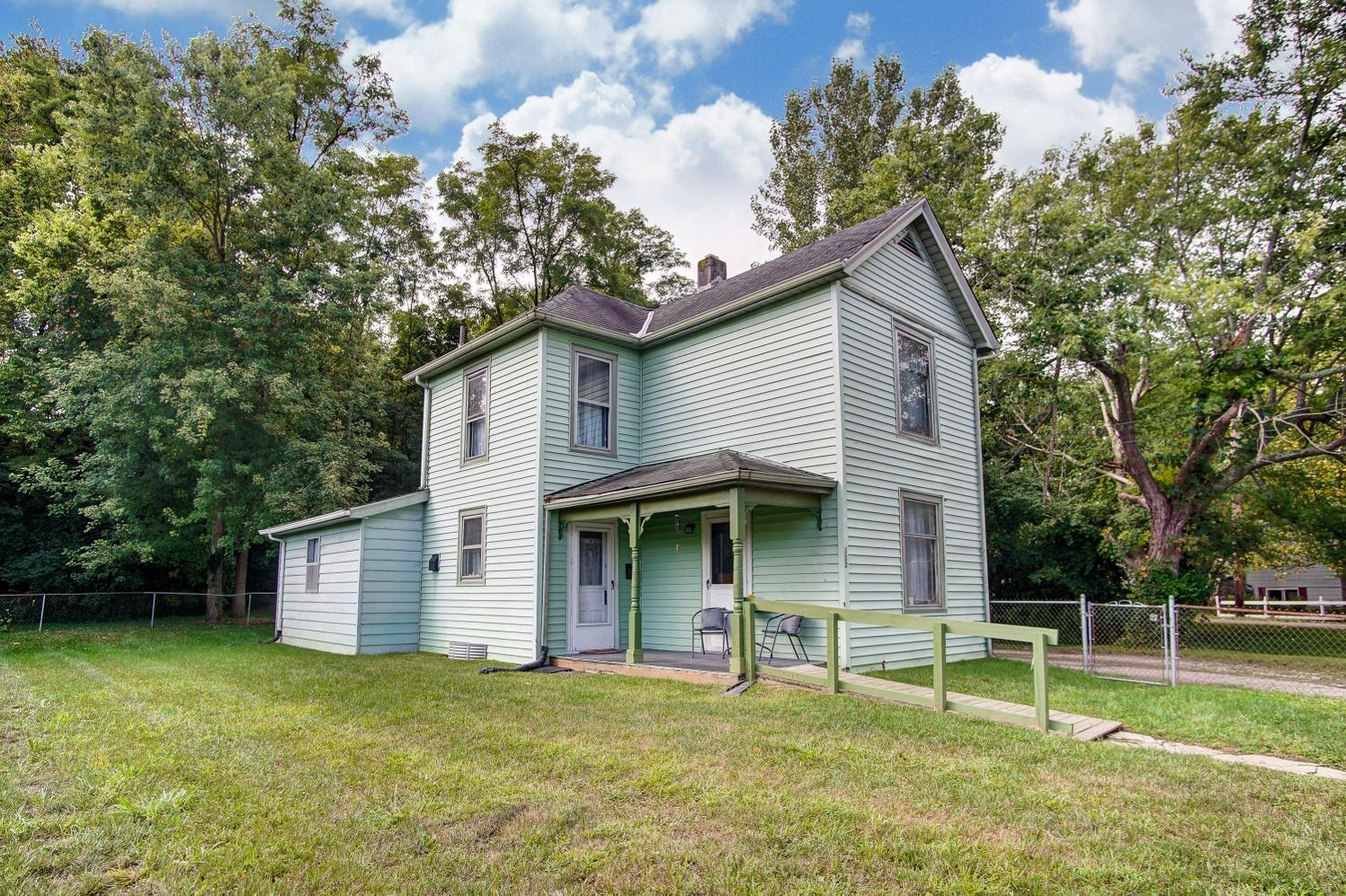 Photo 3 for 133 Mt Nebo Rd Cleves, OH 45002