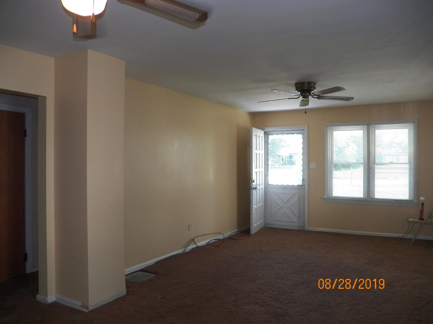 Photo 3 for 3103 Yankee Rd Middletown South, OH 45044