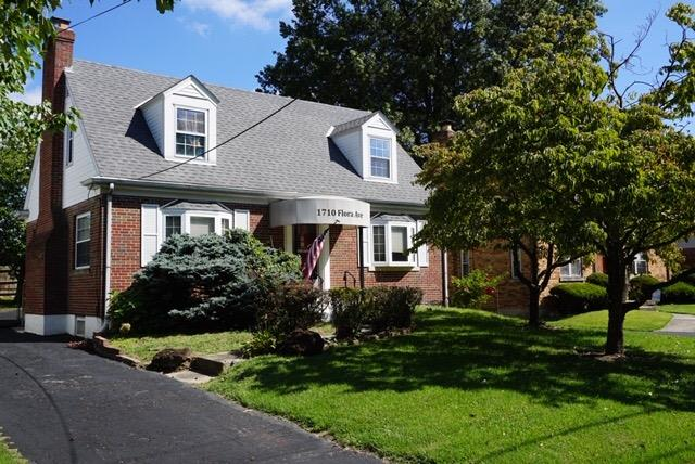 1710 Flora Ave North College Hil, OH