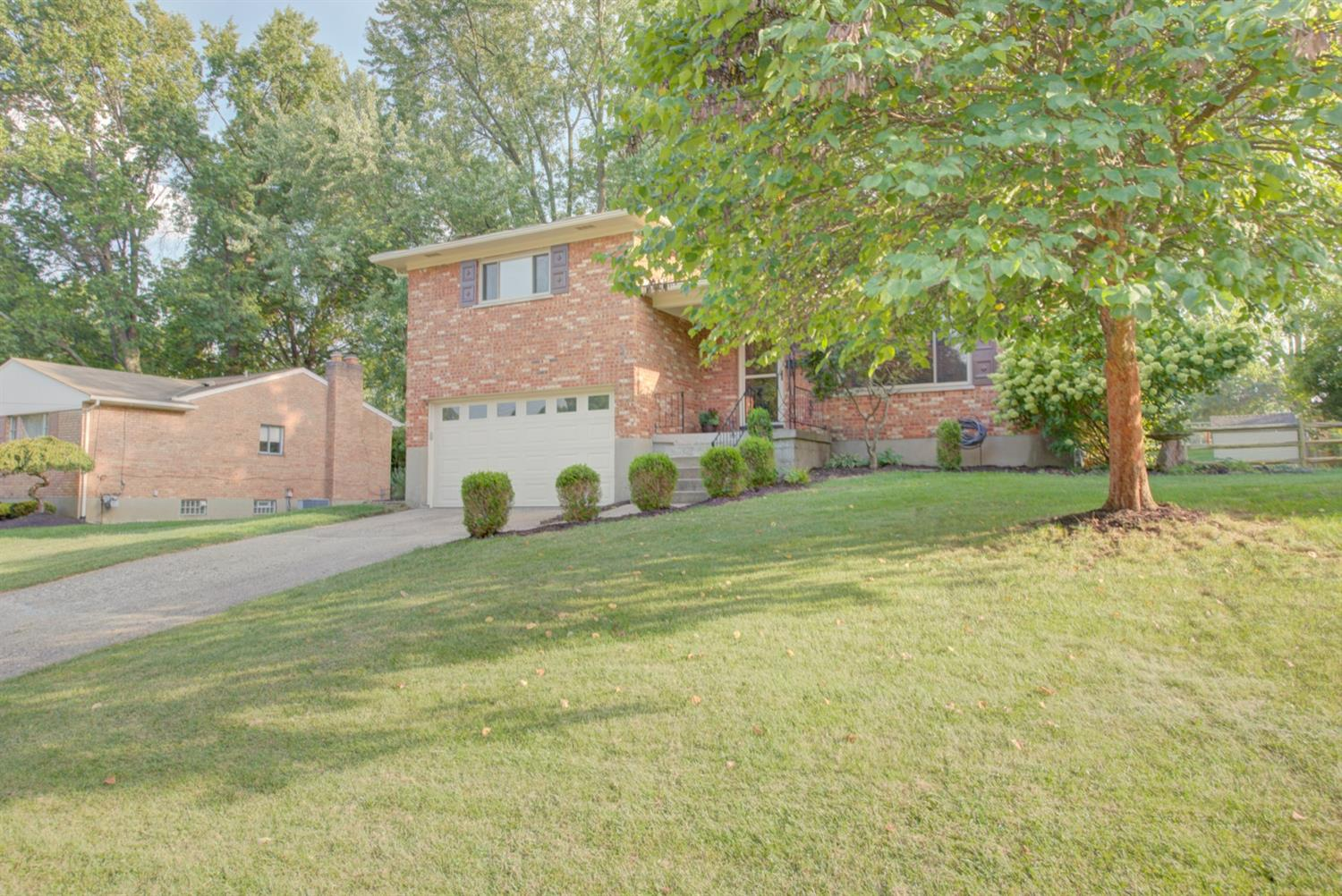 3955 Tramore Dr Dillonvale, OH