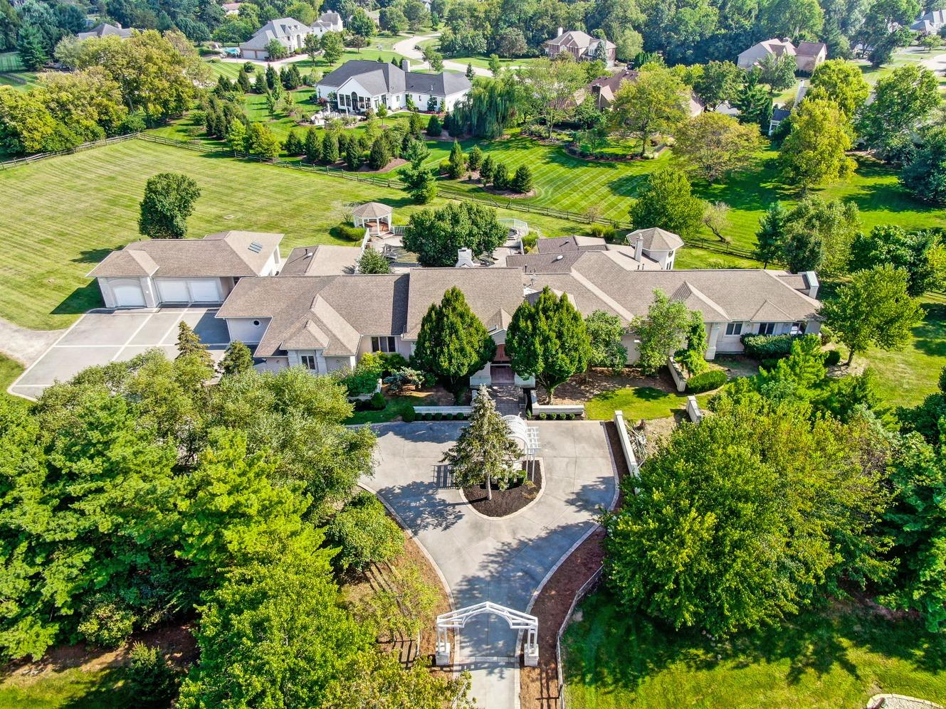 5022 Rollman Estates Dr Amberley, OH