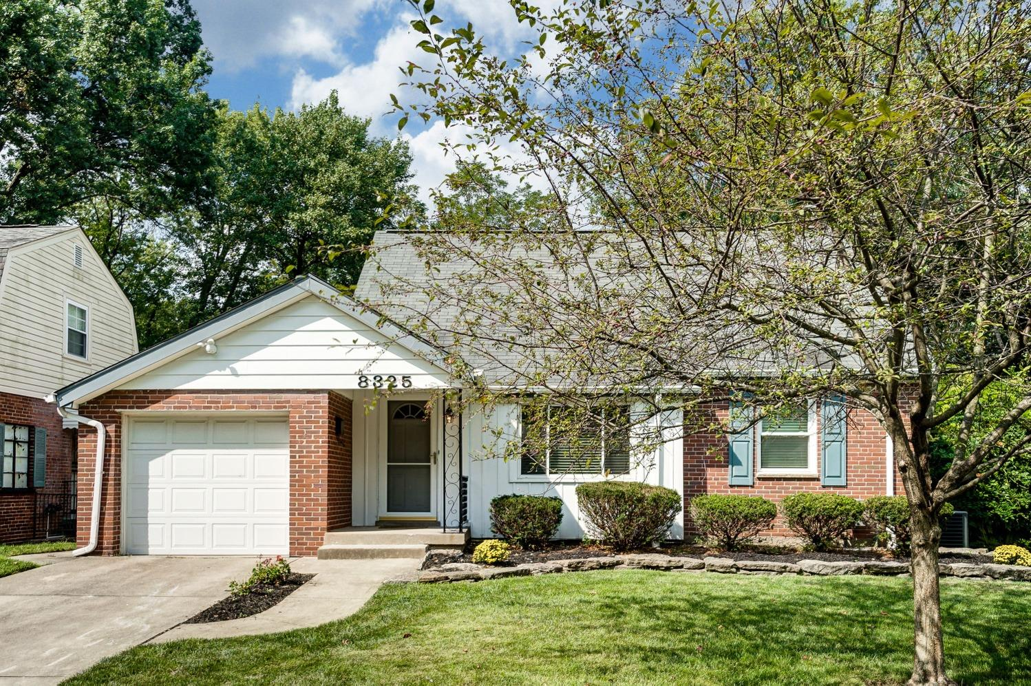 8325 Wicklow Ave Dillonvale, OH