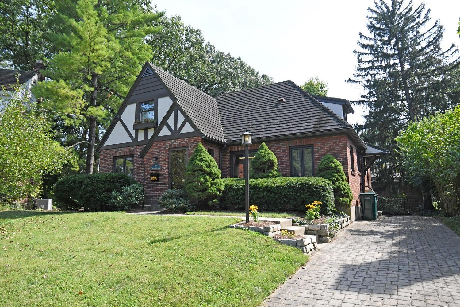 143 Crestmont Ln Clifton, OH